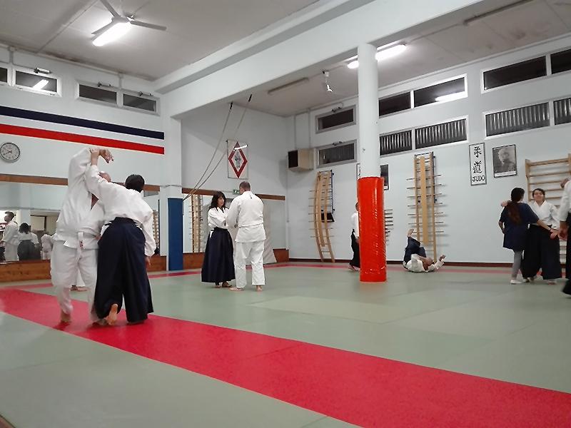 06 - Principianti e cinture alte praticano insieme