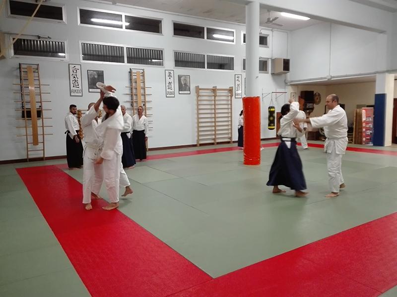 08 - Principianti e cinture alte praticano insieme